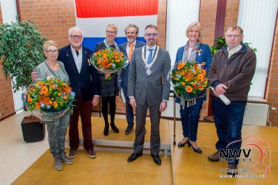 26-04-2016 Lintjes voor drie inwoners uit de gemeente Elburg. - ©NWVFoto.nl