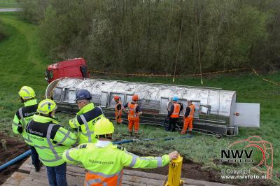 13-04-2016 Berging vrachtwagen na dodelijk ongeval N50 Kampen - ©NWVFoto.nl