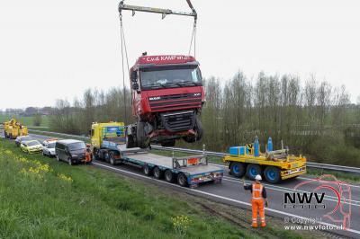 13-04-2016 Berging vrachtwagen na dodelijk ongeval N50 Kampen - © NWVFoto.nl