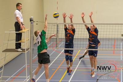 Volleybal EVV Heren 1- Seesing Personeel Orion Heren 2 in tHuiken Elburg - ©NWVFoto.nl