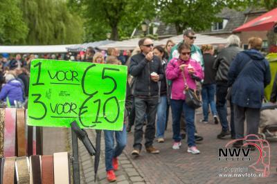 Pinkstermarkt Elburger Sportclub in binnenstad van Elburg 16-05-2016 - ©NWVFoto.nl