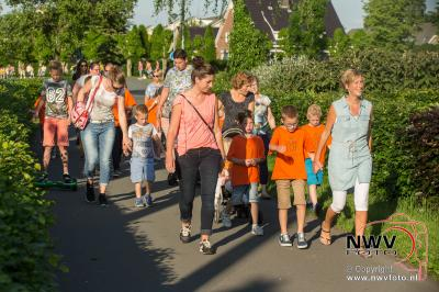 Avondwandel vierdaagse Elburg dinsdagavond. - ©NWVFoto.nl