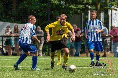 VEVO promoveert naar de derde klasse door in Veessen in de verlenging met 5-3 van VCA te winnen. - ©NWVFoto.nl