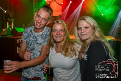 Muziekfeest Studio Vrij Gelderland Wezep vrijdagavond. - ©NWVFoto.nl