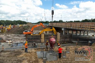 Sloop viaduct noordelijke kant A28 - N309 op 't Harde in volle gang.  - ©NWVFoto.nl