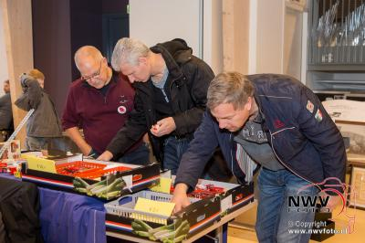112 beurs voor eerste maal in en om kulturhus in Elspeet. - ©NWVFoto.nl
