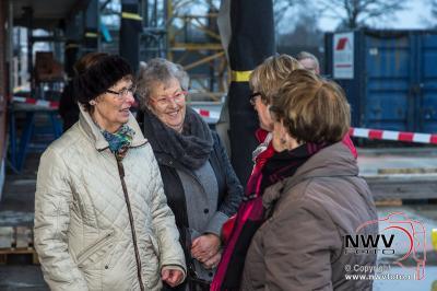 Hoogste punt bereikt van tweede nieuwe gedeelte winkelcentrum 't Harde. - ©NWVFoto.nl