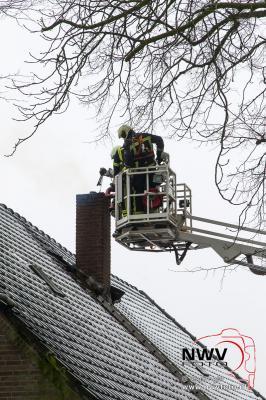 Schoorsteenbrand Zuiderzeestraatweg Doornspijk. - ©NWVFoto.nl