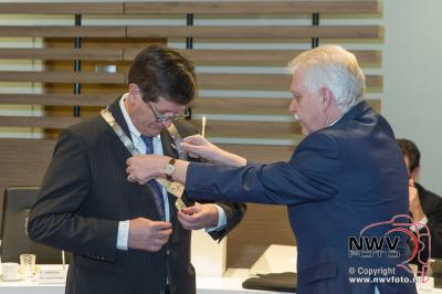 Installatie van waarnemend burgemeester Elburg Harry Dijksma. - ©NWVFoto.nl