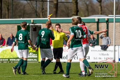 't Harde werkt zich in problemen. - ©NWVFoto.nl