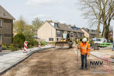 Rondje om in aanbouw zijnde centrum fase 2 't Harde.  - ©NWVFoto.nl