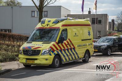 Ongeval scooter auto Oostelijke Rondweg Elburg. - ©NWVFoto.nl