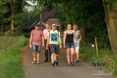 Avondwandel Vier Daagse Doornspijk maandagavond. - ©NWVFoto.nl