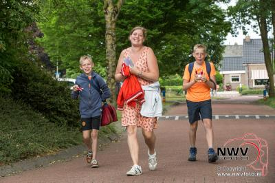 Avondwandel Vier Daagse Doornspijk dinsdagavond. - ©NWVFoto.nl
