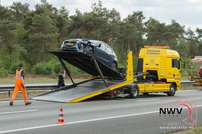 Kopstaart aanrijding met drie voertuigen A28 Li 71.6 't Harde. - ©NWVFoto.nl