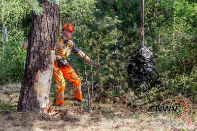 Eenzijdig ongeval met inzet trauma heli, A28 Li 64,8 Nunspeet. - ©NWVFoto.nl
