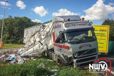 Vrachtwagenberging A6 Emmeloord door Stouwdam Oldebroek. - ©NWVFoto.nl