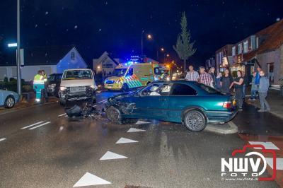 Frontale botsing op de N309 Eperweg t.h.v. Kaerweg op 't Harde. - ©NWVFoto.nl