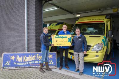 Karbietfeest Elburg schenkt € 500,- aan Veluwse Wens Ambulance. - ©NWVFoto.nl