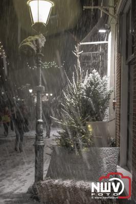 Bezoekers blijven weg door kou en natte sneeuw op vrijdagavond. - ©NWVFoto.nl
