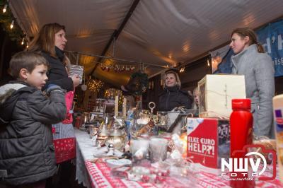 Het was vol op genieten tijdens het winterfeest op 't Harde. - ©NWVFoto.nl
