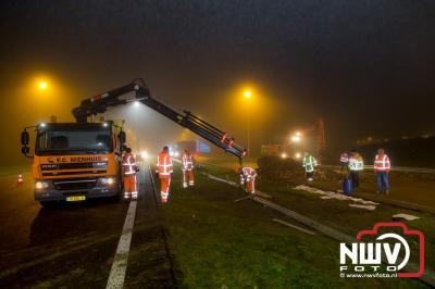 Twee vrachtwagens betrokken bij ongeval op N50 net voor de vogelkop bij Emmeloord. - ©NWVFoto.nl