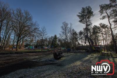 Aanpassing van hemelwater overstort en wegdek van de Bovenweg op 't Harde. - ©NWVFoto.nl