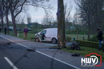 Twee gewonden bij eenzijdig ongeval Doornspijk  - ©NWVFoto.nl