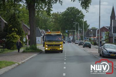 Alleen materiële schade bij ongeval met drie auto's op de Zuiderzeestraatweg in Doornspijk. - ©NWVFoto.nl