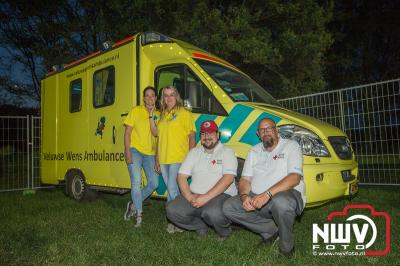 Zaterdag avond was de tent gezellig vol, het team van de 5 meterbar had alles uit de kast getrokken om er een super gezellig feest van te maken. - ©NWVFoto.nl