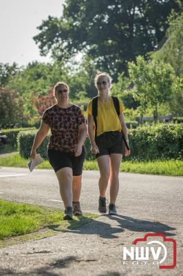 In Doornspijk zit de vierdaagse er weer op en kan men terug kijken op vier prachtige wandelavonden. - ©NWVFoto.nl