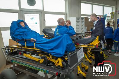 De Veluwse Wens Ambulance hield open dag in Elburg  i.v.m. het vijf jarige bestaan. - ©NWVFoto.nl
