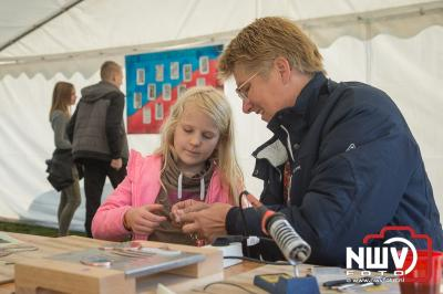 Weer veel te zien op diverse lokatie op 't Harde, kunst, demonstraties, workshops, dans. - ©NWVFoto.nl