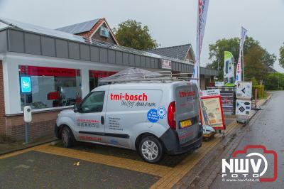 In de gemeente Elburg konden consumenten zich zaterdag laten informeren over zonnepanelen, warmtepomp, pallet kachels en meer. - ©NWVFoto.nl