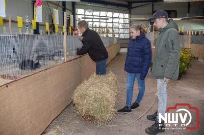 Sport veredeld Oldebroek en omstreken hield tentoonstelling bij loonbedrijf van de Put in Oosterwolde. - ©NWVFoto.nl
