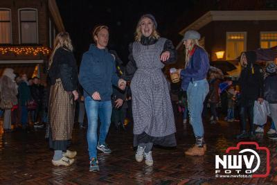 Gezellig druk tijdens winter in de vesting op vrijdagavond. - ©NWVFoto.nl