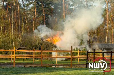 Schuurbrand Schootbruggeweg Doornspijk  - ©NWVFoto.nl