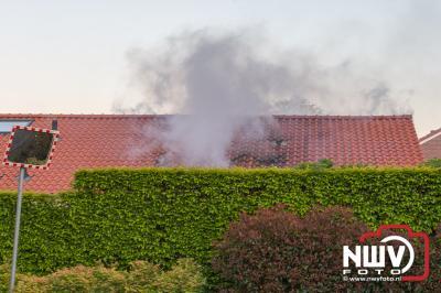 Bewoner van de Nijenbeekstraat in Elburg naar het ziekenhuis na woningbrand. - ©NWVFoto.nl