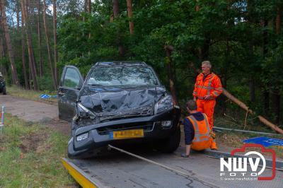 Geen letsel, maar wel ravage bij eenzijdig ongeval Woldberg Elburgerweg Epe. - ©NWVFoto.nl