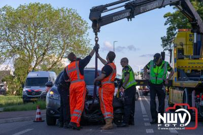 Bij een ongeval op de Zuiderzeestraatweg in Wezep is een 19-jarige man overleden, bijrijdster raakt zwaargewond. - © NWVFoto.nl