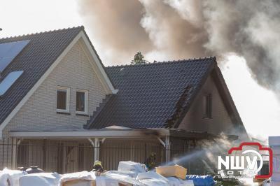 Enorme rookontwikkeling bij brand Rhodos Wellness aan de Elzenweg in Oldebroek - © NWVFoto.nl