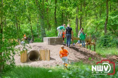 Drukke dag voor jeugdraad gem. Elburg, onthulling vlag, pannenkoeken voor ouderen en opening natuurspeelplaats op't Harde. - © NWVFoto.nl