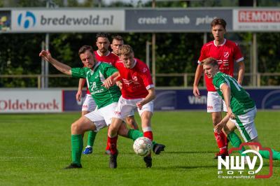 Owios verspeelt in de negentigste minuut de winst op vv Hierden. - © NWVFoto.nl