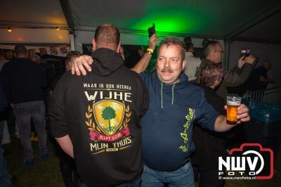 Na anderhalf jaar kon er weer gefeest worden op 't Harde.   - © NWVFoto.nl